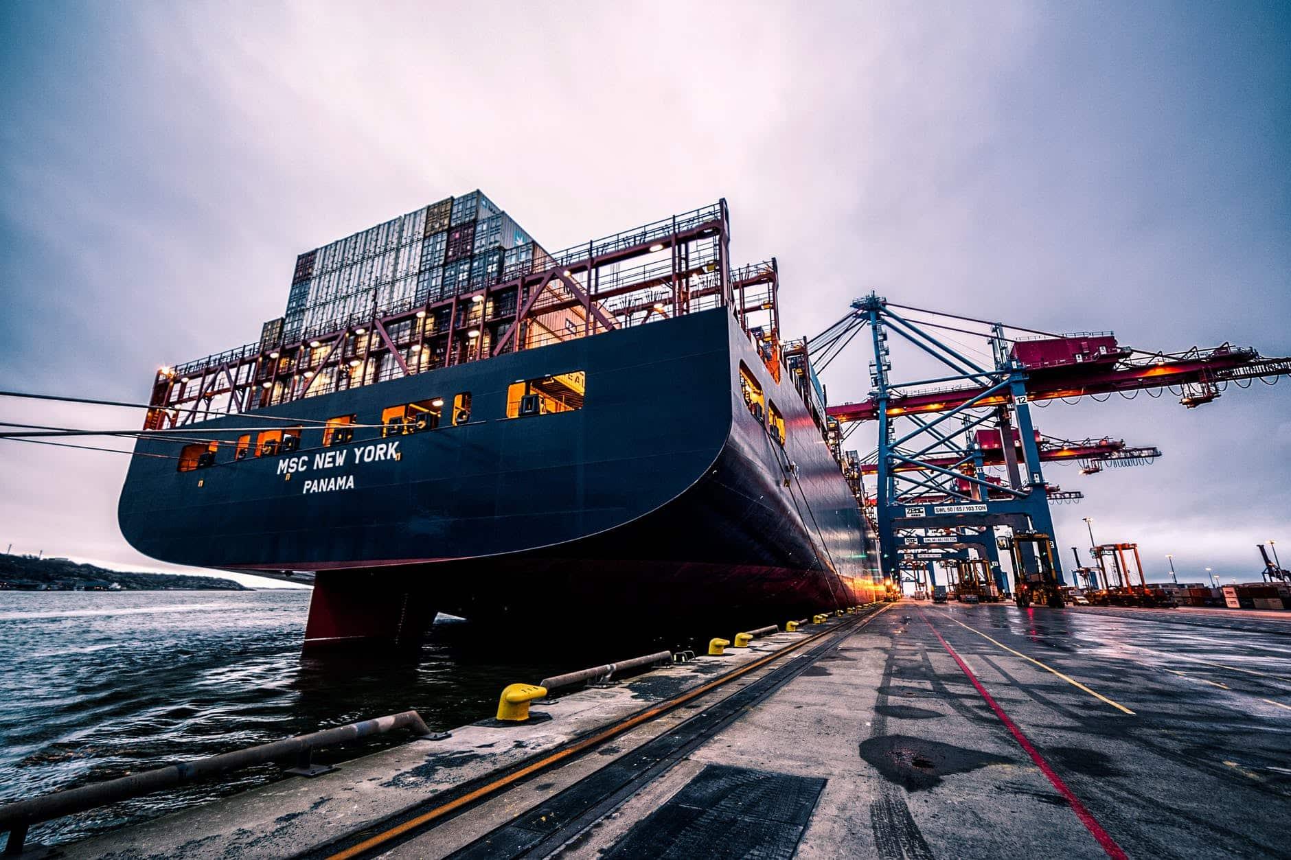 freight forwarder Calgary